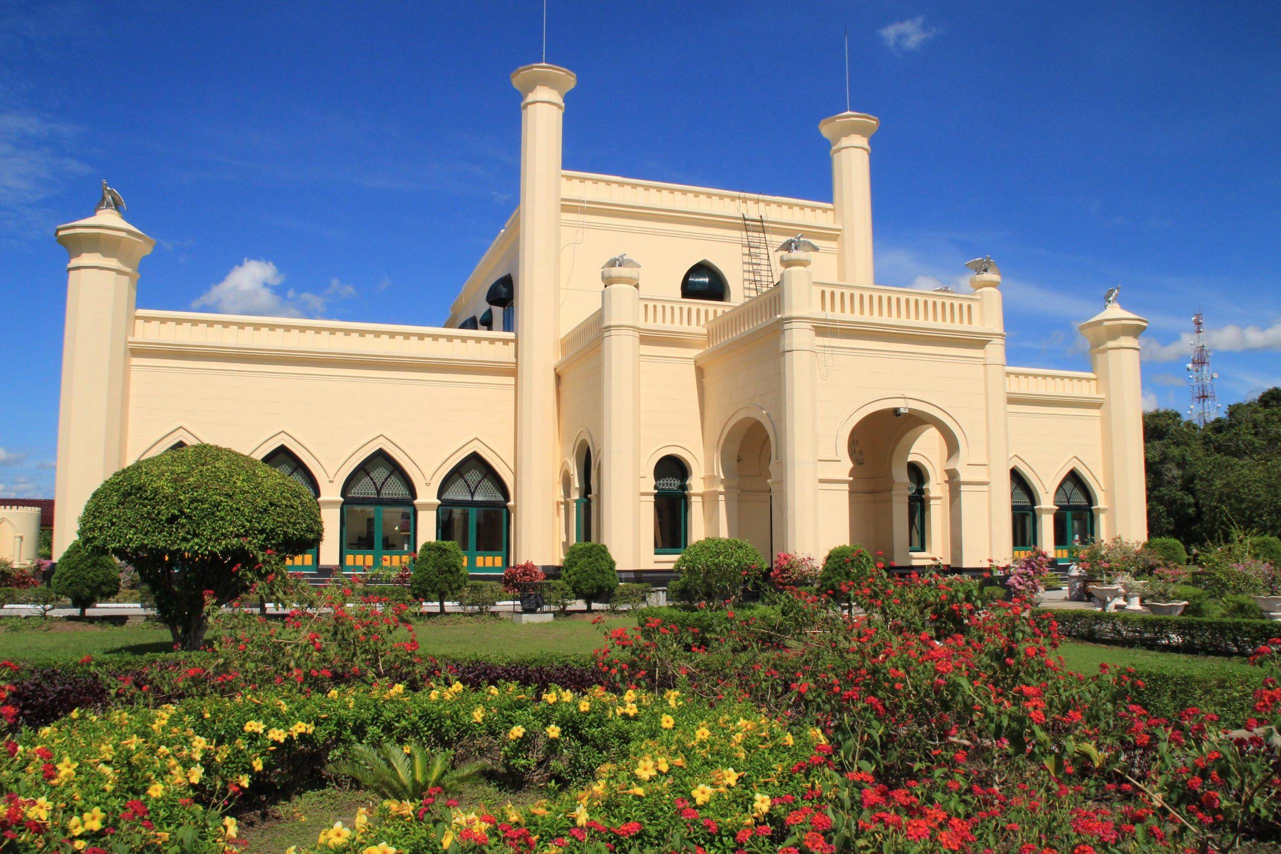 Istana kerajaan Indonesia