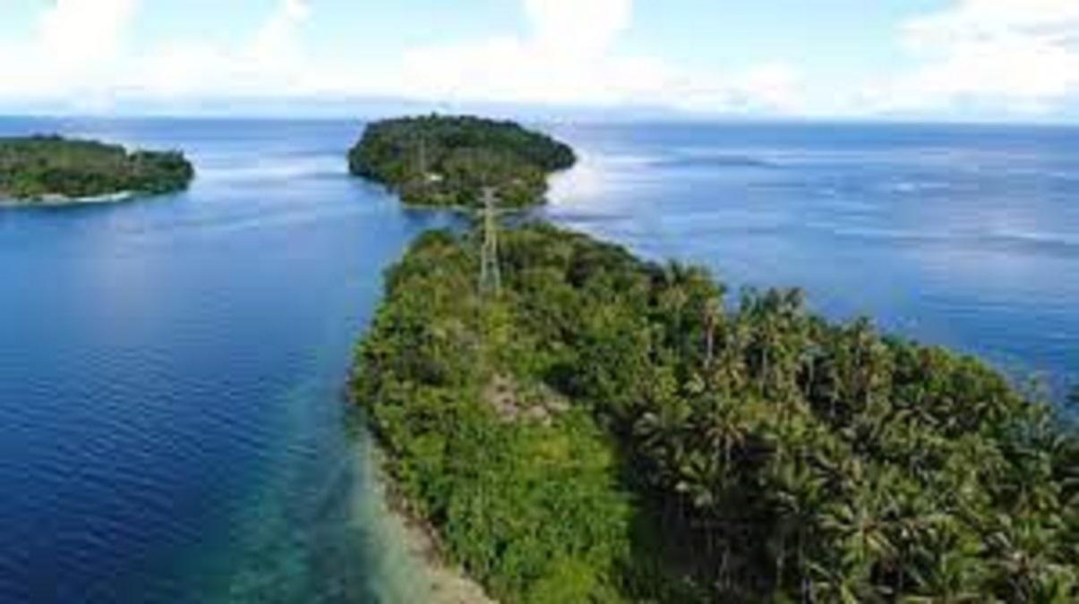 Pulau indah tak berpenghuni