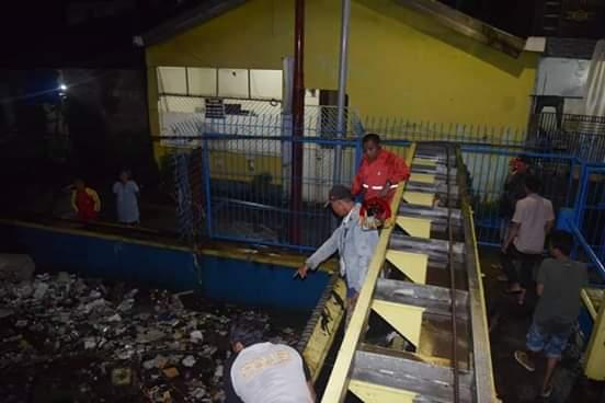 Antisipasi Banjir Di wilayahnya, Camat Mamajang Kontrol Pintu Air Pompengan