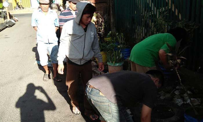 Gema Sabtu Bersih, Lurah Bontoala Kerja Bakti di Jalan Bandang
