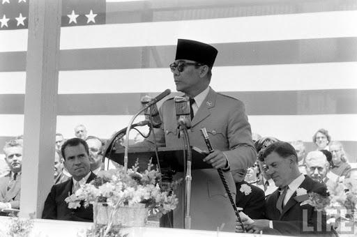 Penampilan Memukau Sukarno